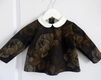 Baby shirt with Peter Pan collar in Brown cotton with roses - 12 months