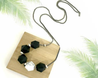 Black white silver necklace, chunky black beads, geometric beaded necklace, nulika