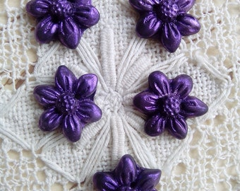 5 purple polymer clay buttons, flower buttons, handmade buttons, unique buttons, sewing, knitting, scrapbooking, craft supply, spring