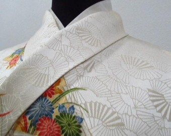 Vintage Silk Japanese Kimono handpainted and embroidered k025