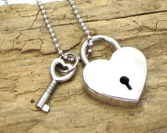 Heart Padlock Necklace, 39x30mm Heart Padlock with 24x11.5mm Key and Working Lock, Item 1436m
