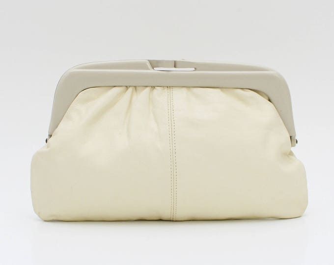 Vintage 1970s Cream Leather Clutch - Made in Italy