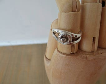 Vintage  Modernist Real Diamond & Silver Bespoke Bark Twist Ring Size O 1/2