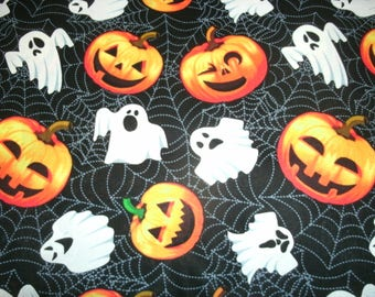 Free Shipping! on 2  Halloween, Sofa Pillow Covers, Pumpkin Pillow Covers, Toss Pillow Covers, Holiday Home Decor, Ghost decor,
