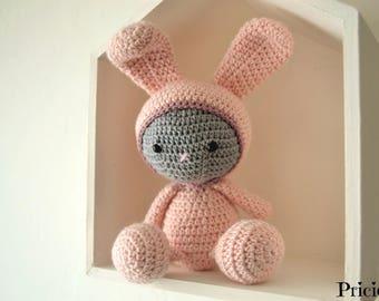 Amigurumi Doudou rabbit with hook pale pale pink