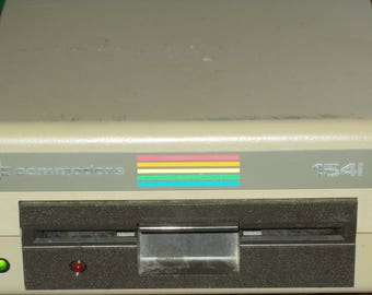 Vintage Commodore 64  VIC 1541 Disc Drive Reader With Power Cord 5 1/4 Floppy