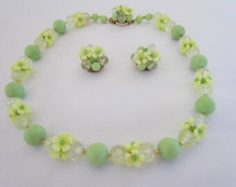 Vintage 50s Flower Cluster Fluorescent Green Yellow Hues Vaseline Necklace & Earrings Set