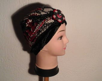 Geometric reversible stretch chemo Hat