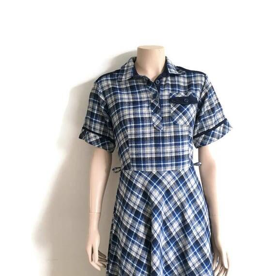 70s vintage plaid dress / blue cream checked wool dress / 70s mod dress / 70s winter dress / 50s style dress / retro wool checked dress /