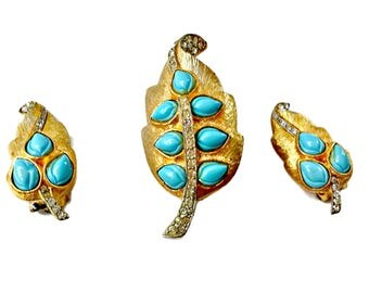 Turquoise and Rhinestone Jewelry Set Brooch and Earrings