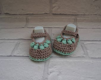 hand crochet cotton baby sandals/Mary Jane shoes/cotton baby booties/baby shower gift/christening shoes/cotton baby sandals/baby shoes.