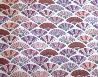 Tissue paper fans 50 x 70 cm