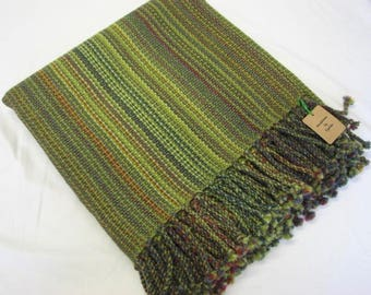 Handwoven blanket in wool.