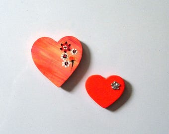 Set of two heart magnets, Heart magnets, Pink hearts, Locker magnets, Two wooden magnets, Hand painted magnets