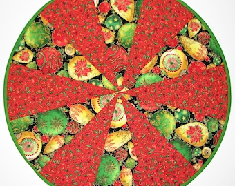 Christmas Quilted Table Topper, Reversible Round Holiday Table Mat, Ornaments and Poinsettia Christmas Table Quilt, 20 in., Quiltsy Handmade