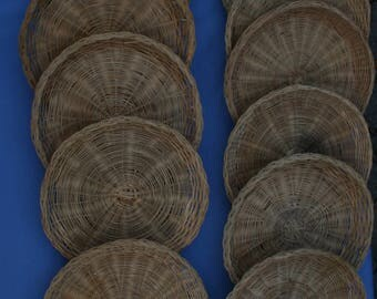 """Lot 11 Wicker Rattan Paper Plate Holders 9 3/4"""" Natural Vtg Picnic Camping"""