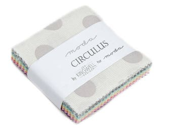 Circulus Mini Charm Jen Kingwell for Moda Fabrics
