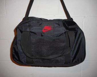"Vintage 80s 90s Nike Jordan Black Red Duffle Bag 18""x11""x9"""