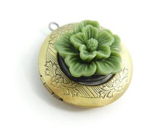 Vintage Green Flower, Locket, Pendant, Brass Tone, Lucite, STA16