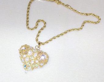Beaded pearl heart