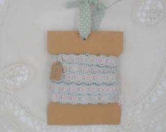 Vintage Trim- Light Green And Off-White - Three Yards