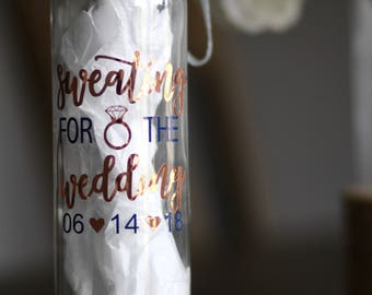Sweating for the wedding glass water bottle