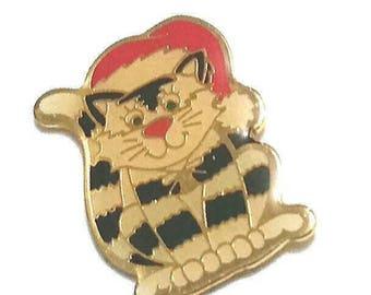 Cute SANTA KITTY Lapel Pin Vintage Christmas Cat Brooch Kitten Tie Tack Broach Enamel Kitty Cat Holiday Vintage Jewelry Gift Under 10 NOS