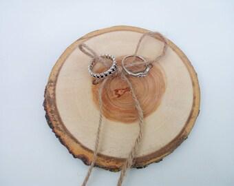 Wedding ring bearer slice, wedding wood, wooden wedding decor, wooden ring holder, wedding wooden slice, ring bearer pillow