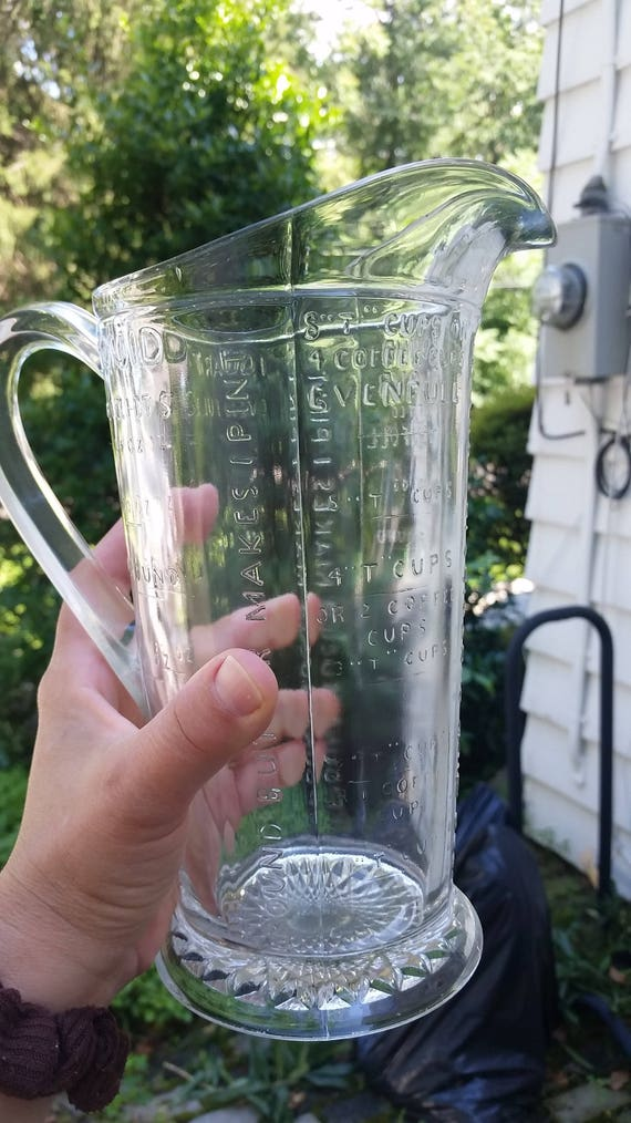 Depression glass Measuring pitcher measuring glass glass