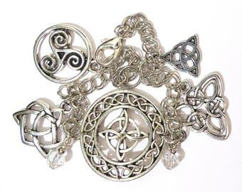 Bracelet charm Celtic Endless Knot Charmed Luck Triquetra Triskel