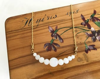 The Choker necklace antique vintage white glass pearls
