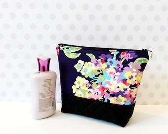 Water Bouquet Midnight Large Makeup Pouch