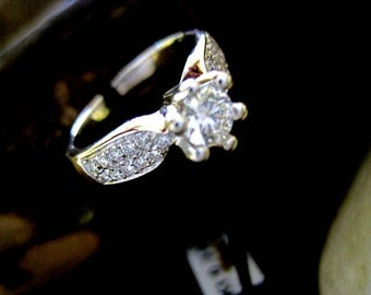 18 kt Gold Diamond Solitaire