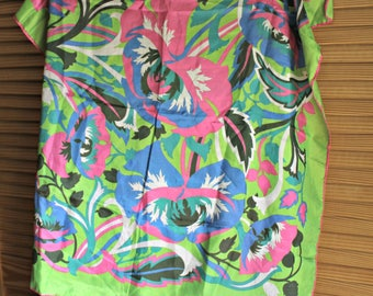 Vintage. Scarf. Silky. Pink/blue/green. Fun colors! Square. scarf. Perfect for summer/spring! 1960s/1970s.