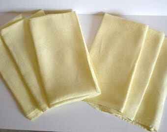 Vintage Cloth Napkins Set of 6 Damask Cloth napkins Yellow Elegant Kitsch