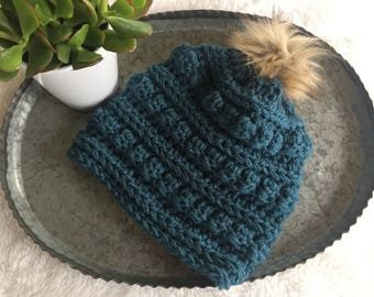 Crocheted bobble beanie, beanie with pom, chunky beanie, winter hat, winter accessory, beanie