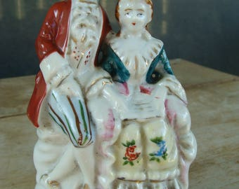 """Vintage Victorian Couple Sitting Seated Figurine Hand Painted Porcelain Weighted Figure Made In Occupied Japan 5-1/4"""""""