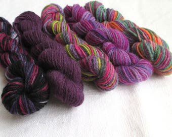 "5 mini skeins of sock yarn, 10 g each, 50 g / 205 yards total,  colour ""Purple Parade"", fingering weight mini skeins, wool, sockyarn minis"
