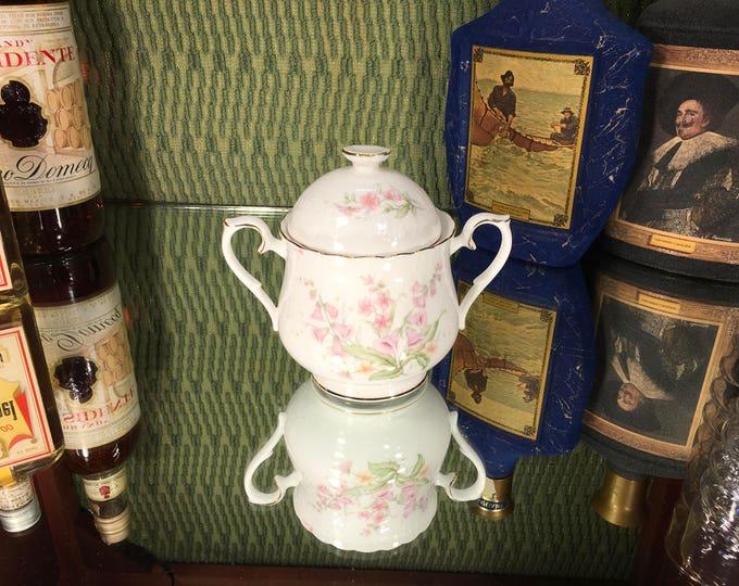 Royal Albert For All Seasons Parkland Bone China sugar bowl and lid 1984