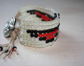 Eagle pattern bead weaving bracelet