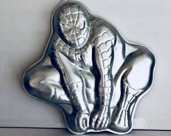 2008 Spider-Man wilton cake pan
