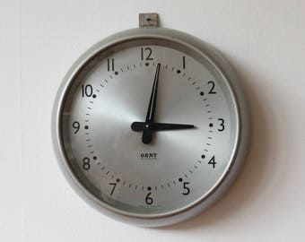 Vintage 1950s Gents of Leicester Wall Clock - mid century clock