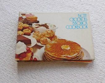 Betty Crocker's Bisquick Cookbook 1971
