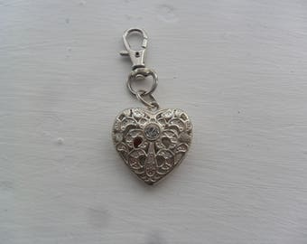 1 Beautiful Silver Plated Heart Keyring for christmas gift