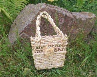 Small straw bag Beach bag Straw basket bag Wicker bag Straw handbag Flower basket  Small bag for child Ukrainian folk style