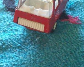 """Vintage Tonka Truck/Van Red Toy 4 1/2"""" L x 2"""" W x 2 1/2"""" H"""