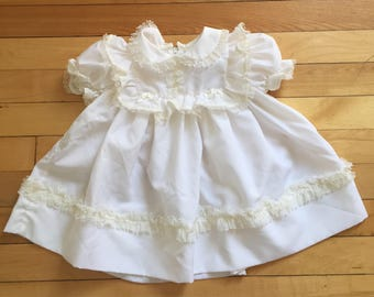 Vintage 1980s Baby Infant Girls White Lace Dress! Size 18 months
