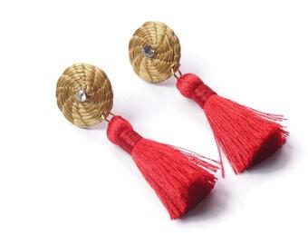 Holidays Earrings, Classic Holidays Earrings, Tassel Earrings, Hoop Holidays, Golden hoop earrings, fiber earrings, golden grass earrings