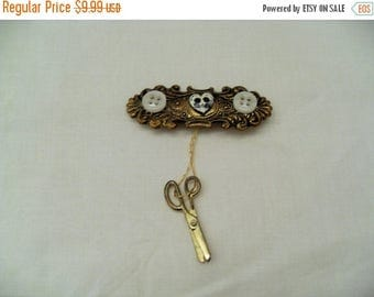 CLEARANCE Vintage Sewing brooch, gold thread and Buttons with dangle scissors, Seamstress gift, vintage Sewing jewelry, Sewing pin, Gingersl