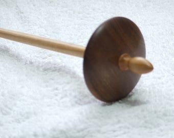 Bottom whorl Drop spindle in Elm with Maple shaft 1.0 oz / 29 g